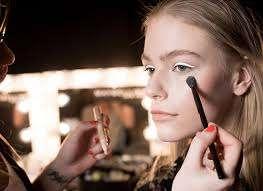 Картинки по запросу Як навчитися мистецтву макіяжу!!!!